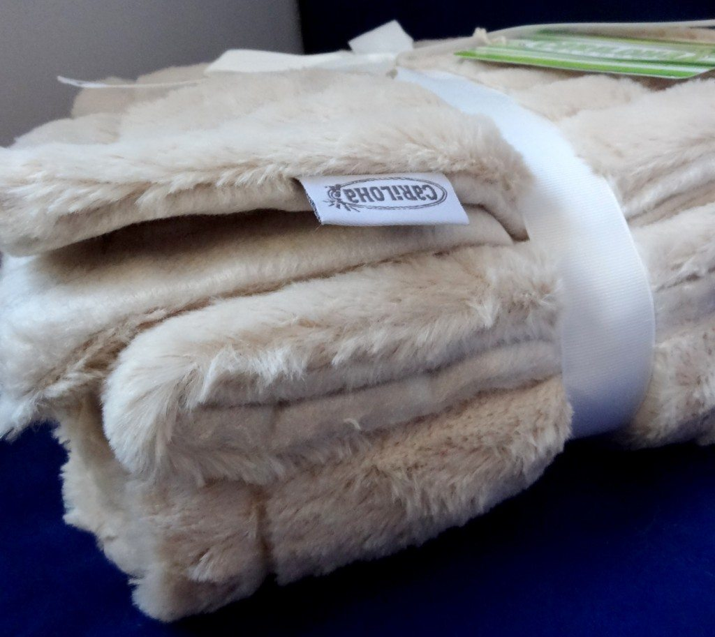 Cariloha Blankets