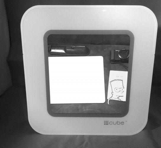 Hashtag Cube #Cube Digital Photo Album Streaming Device.