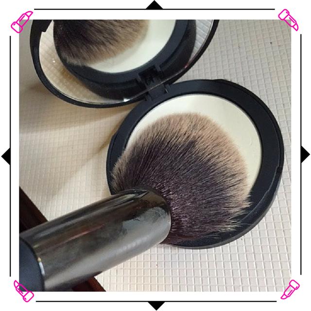 It Cosmetics Bye Bye Pores Pressed Finishing Powder #ItGirl #ItCosmetics