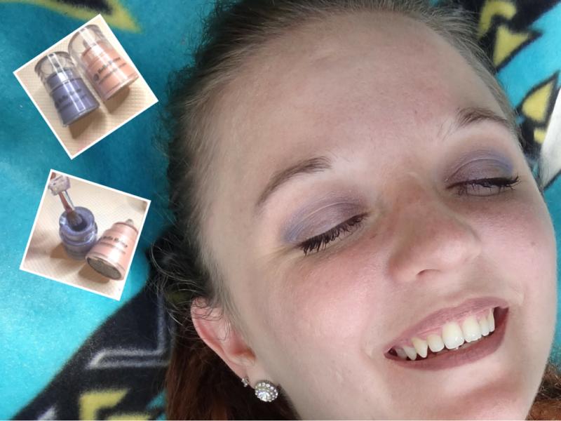 Mi Bella Reina Loose Mineral Shimmer Shadows in Tea Rose and Rich Iris #BellaGirl #Bblogger
