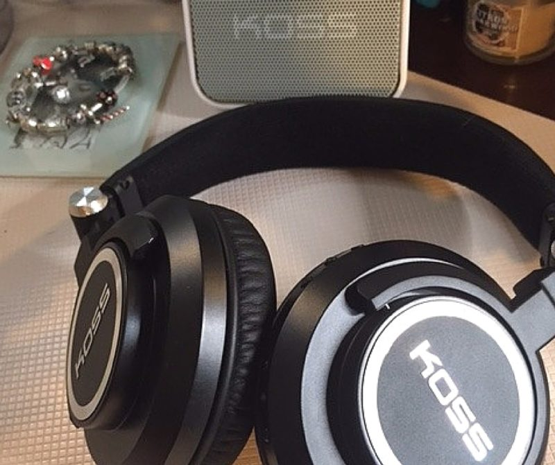 Koss - The Ultimate Listening Experience #MusicMonday (1)