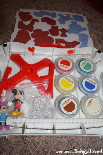 Disney Imagicademy Storymation Studio Stop Motion Movie Kit Wonderforge
