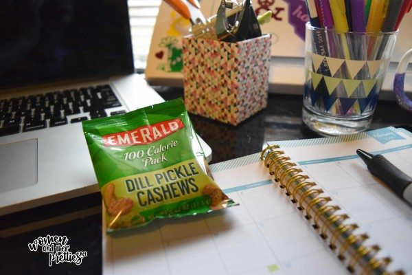 Emerald Nuts Dill Pickle Chashews