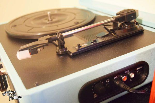 Old School Vinyl Player for Bohemia Room