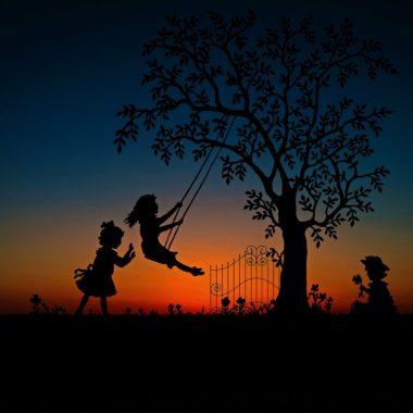 5 Fun Autumn Evening Activities
