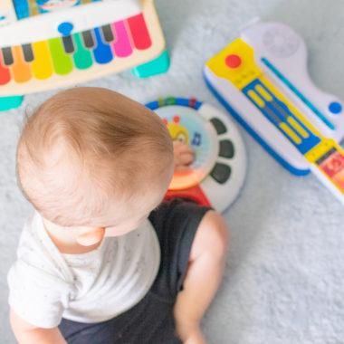 5 Ways Music Impacts Children Under 2 Years Old + Exclusive Coupon for Musical Toys!