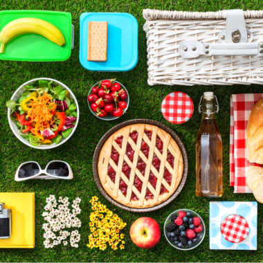 16 Summer Picnic Recipes & Best Picnic Locations