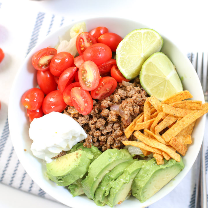 Are you looking for a quick, easy, and appetizing Keto meal for lunch or dinner this week? Try this quick Keto Taco Salad Recipe.