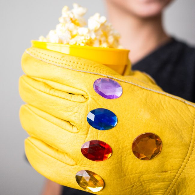 DIY Infinity Gauntlet Snack Cups