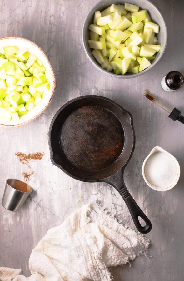 How to make keto apple crisp