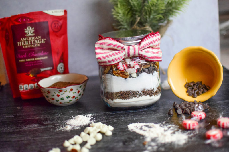 DIY Peppermint Brownies in a Jar - gift Idea