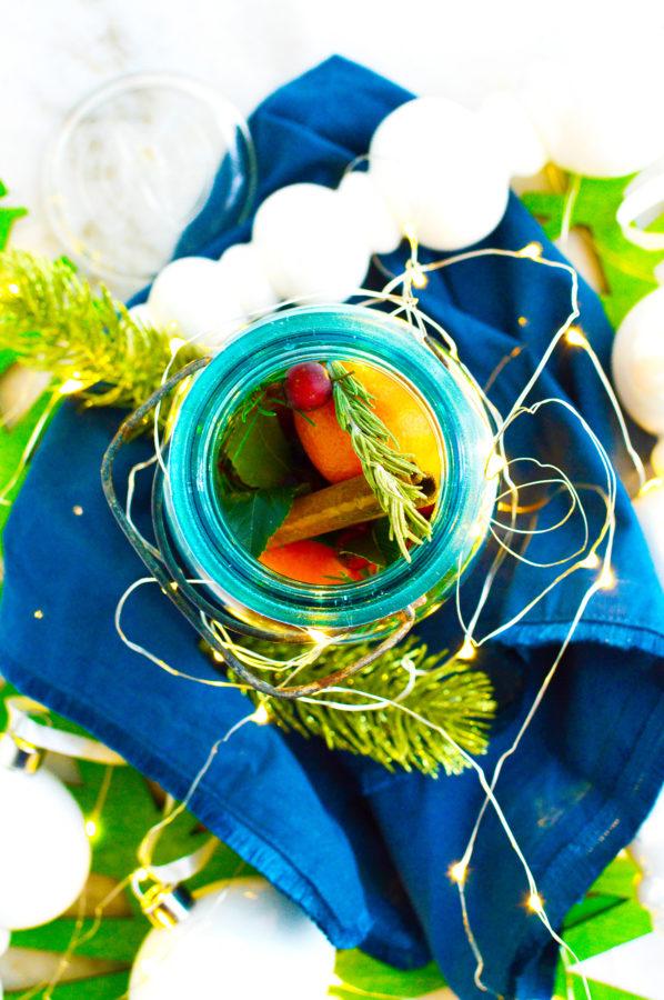 DIY Christmas Gift in Jar