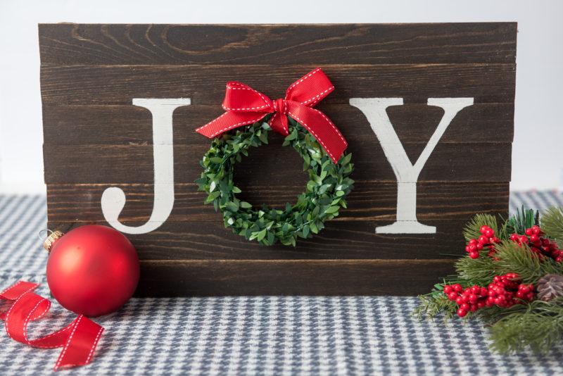 DIY Wood Wreath Sign