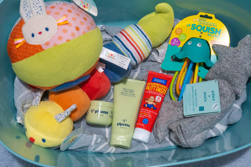 Gifts to buy for first baby