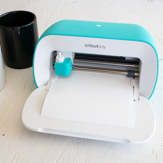 Cutting Smart Vinyl with Cricut Joy