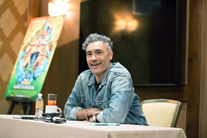 Taika Waititi interviewed by bloggers