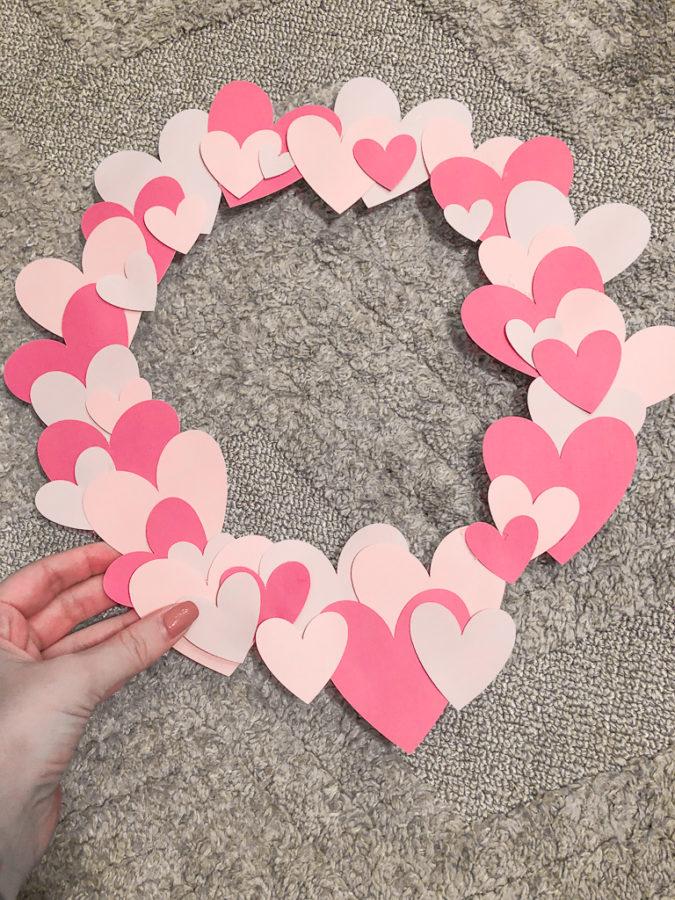 DIY Valentine's Day Wreath_4