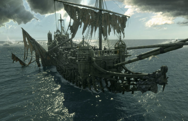 Pirates of the Caribbean: Dead Men Tell No Tales Review | Is it worth seeing in theaters?