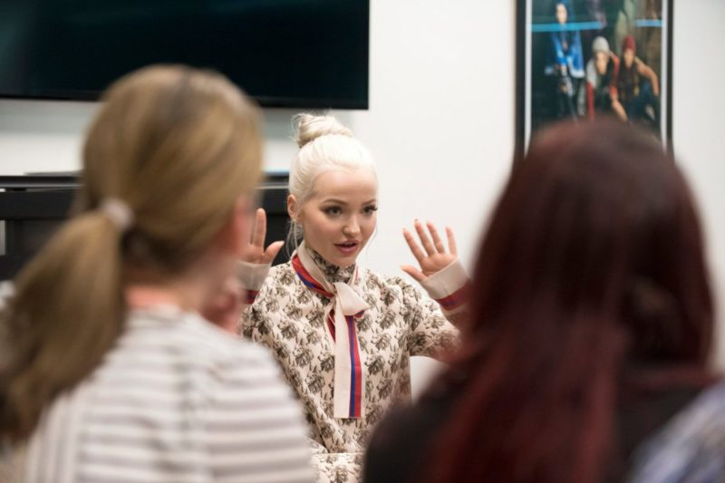 Dove Cameron Interview Descendants 2 Mal