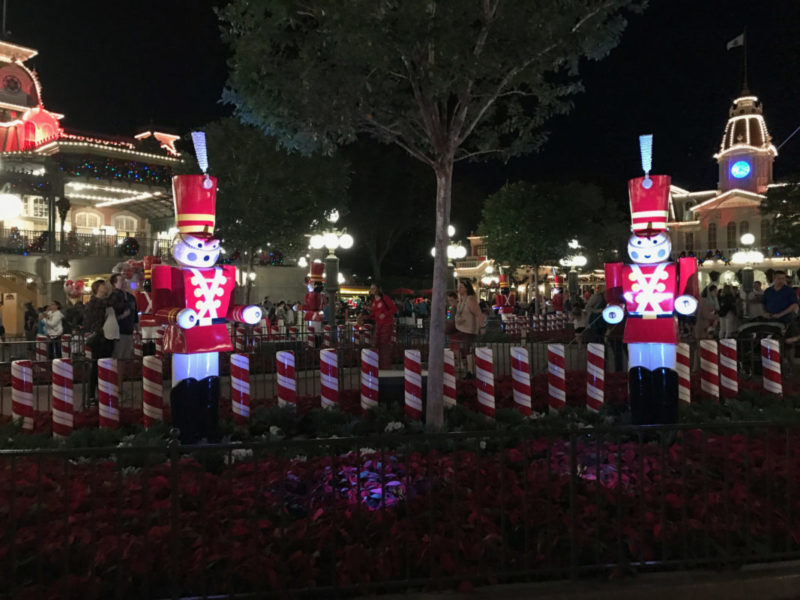 Why adults are flocking to Mickey's Very Merry Christmas Party || #DisneyHolidays #VeryMerry