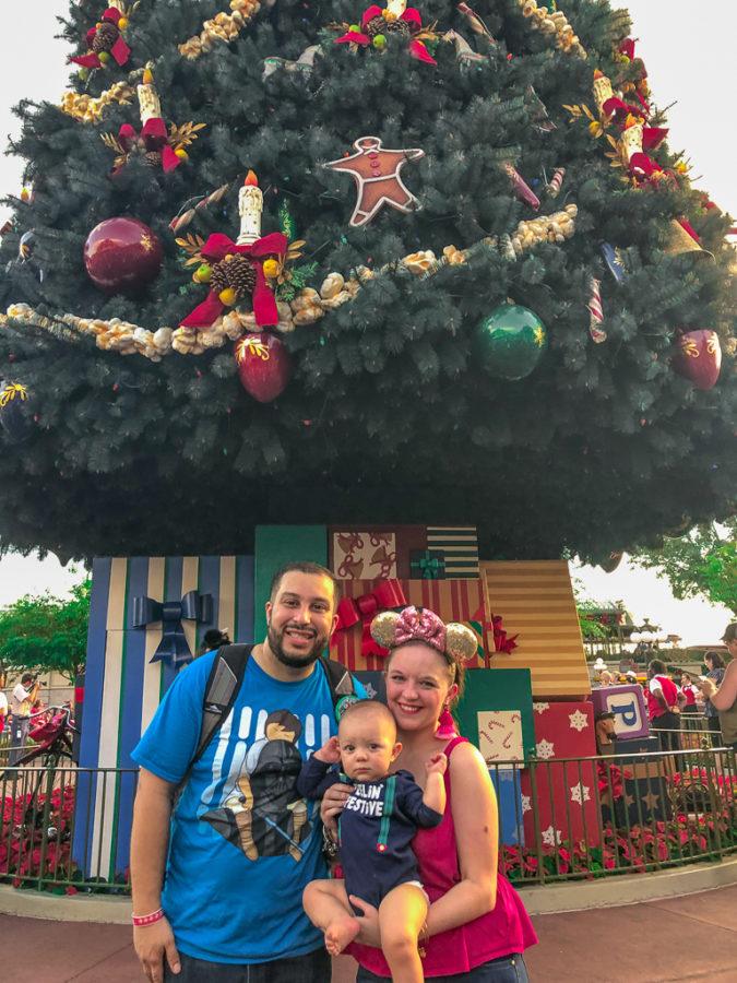 holiday characters at magic kingdom