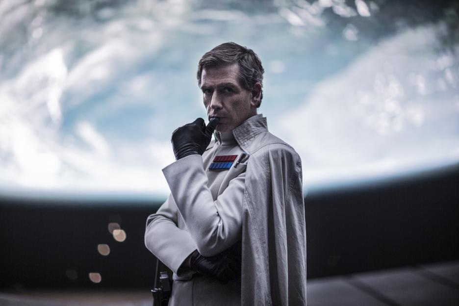 Rogue One's villain, Orson Krennic tells ALL: Ben Mendelsohn Rogue One Interview #RogueOneEvent