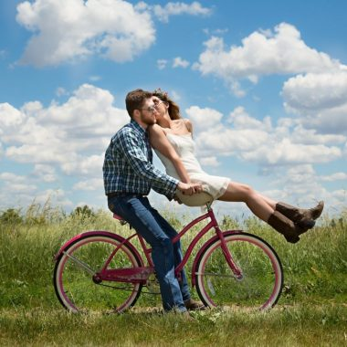 5 cheap summer activities for couples