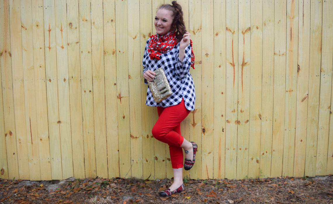 How to become an expert at Pattern Mixing this holiday season and beyond! #CrownAndIvy